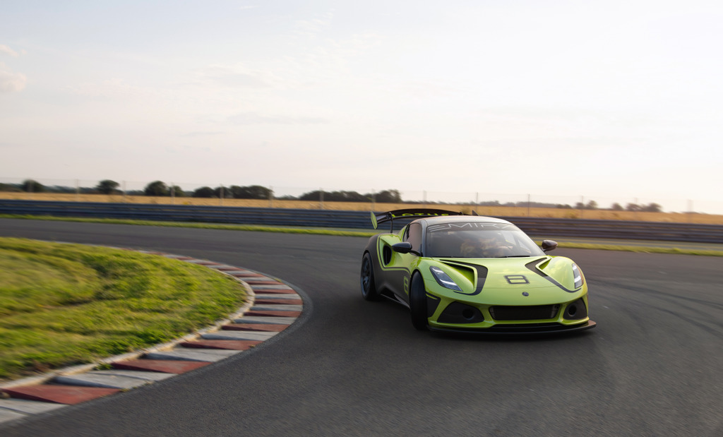 Lotus reveals all-new, competition-spec Emira GT4 contender